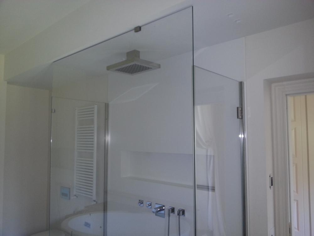 Box doccia torbox box doccia in cristallo torino - Doccia a soffitto ...